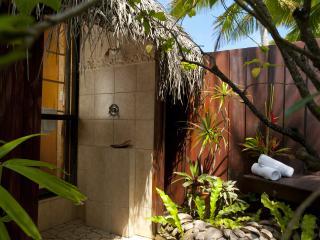 Overwater Bungalow_Outdoor Shower