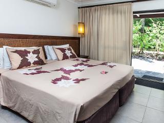 Premium Garden Suite